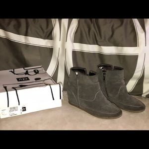 Dolce Vita Keebly boots